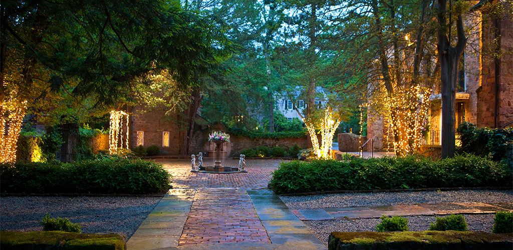 SLIDER-holly-hedge-rustic-chic-wedding-brick-terrace-courtyard-romantic-lighting1
