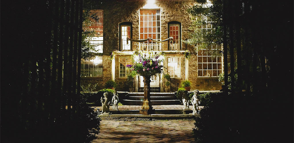 SLIDER-holly-hedge-wedding-country-romantic-fieldstone-barn-fountain-flowers-nighttime-beautiful1